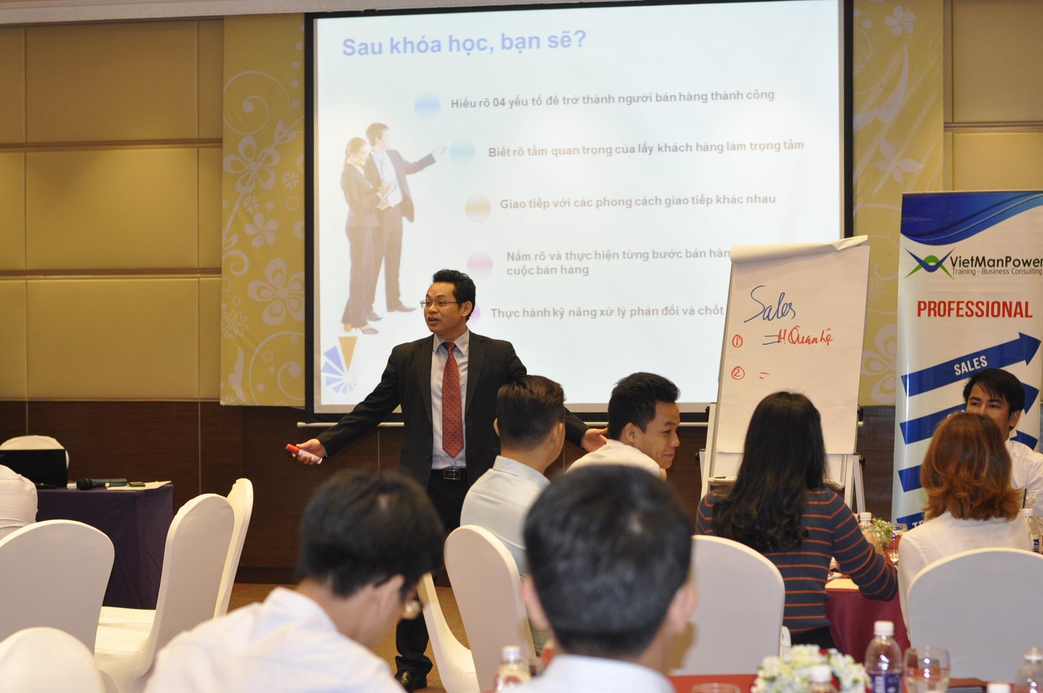 chương trình huấn luyện nhân viên bán hàng toàn quốc